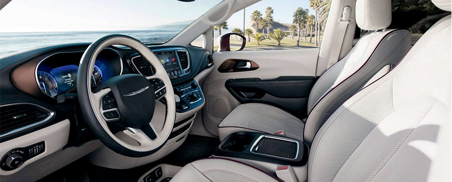 The 2018 Chrysler Pacifica Interior